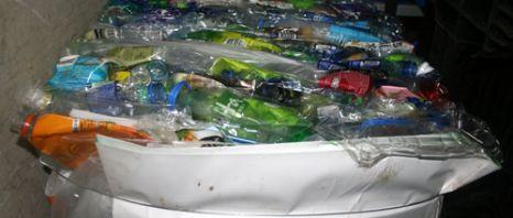杯水车薪智慧考——从香港个案省思塑胶危机出路